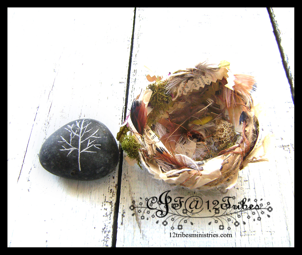 Artisan Fiber Bird Nest and Winter Tree Paper Weight